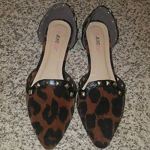 Justfab edelia leopard flat w/ gold studs